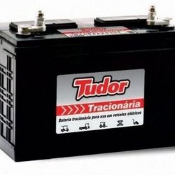 Bateria de trator de 100 amperes