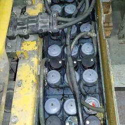 Serviços de manutenção de baterias tracionárias
